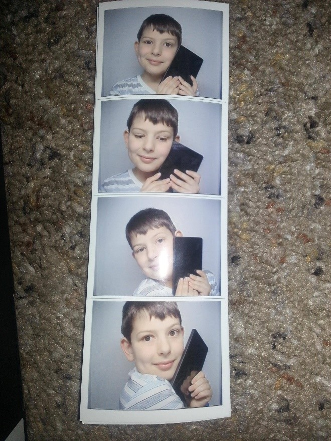 funny photo booth pictures-5