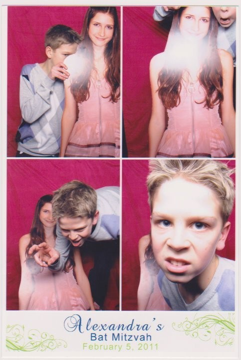funny photo booth pictures-6
