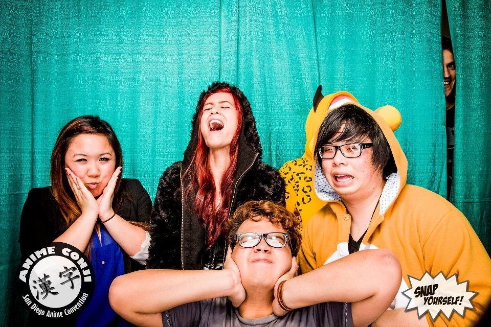 funny photo booth pictures-7